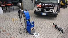 raschiatore per linoleum Treviso Macchine edili a noleggio - Treviso